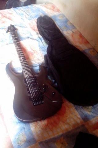 Guitarra Xcort, aceito cartão parcelado.