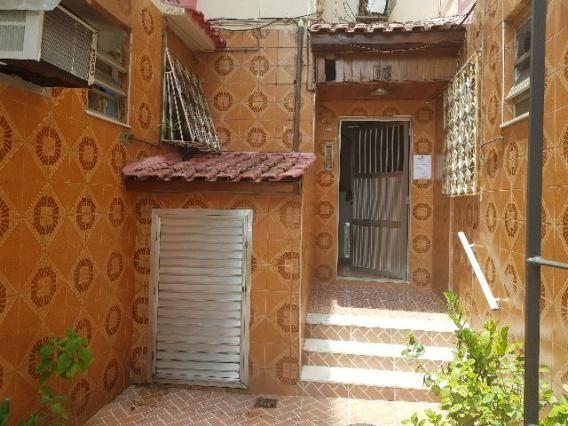 Apartamento em Irajá, 2 quartos