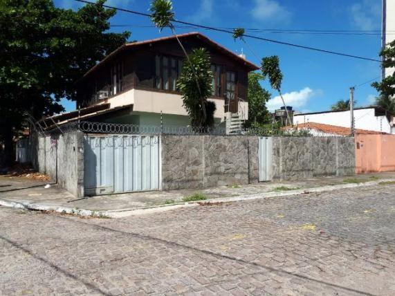 Casa no Alagamar próximo ao Rastapé