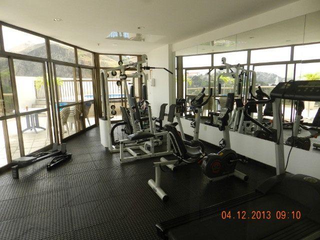 Mobiliado -B Fátima - Prox Ponte - quarto e sala - varanda- 1 vaga - Foto 2