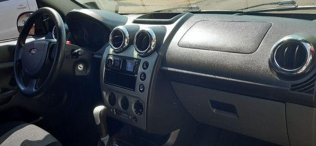 Ford Fiesta 1.6 Sedan Flex único dono pouco rodado  - Foto 13