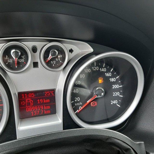 Focus Sedan 2.0 16V 2.0 16V Flex 4p - Foto 8