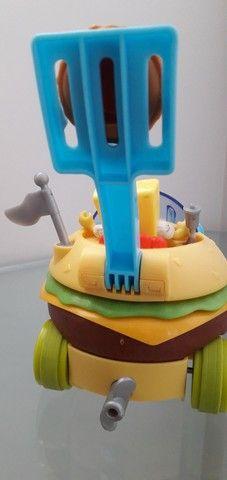 Imaginext Bob Esponja carro hamburguer Mattel - Foto 4