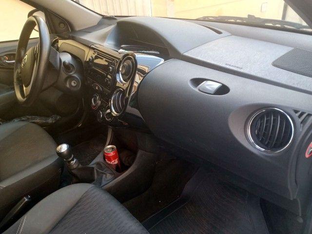 Toyota Etios Sd Xs 1.5 MT - Foto 4