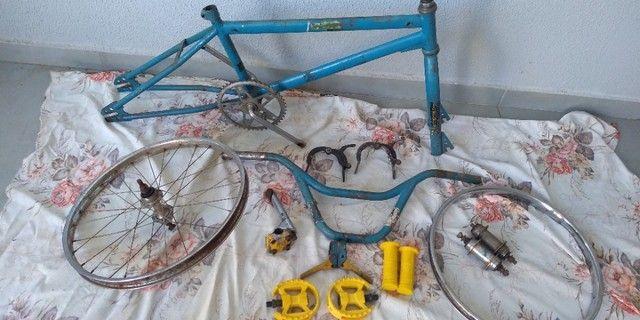 Bicicleta antiga bmx - Foto 5