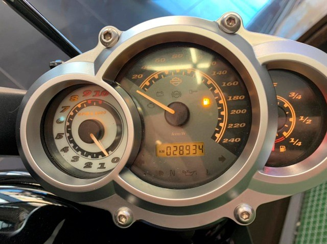 Harley Davidson V-rod Muscle - Foto 5