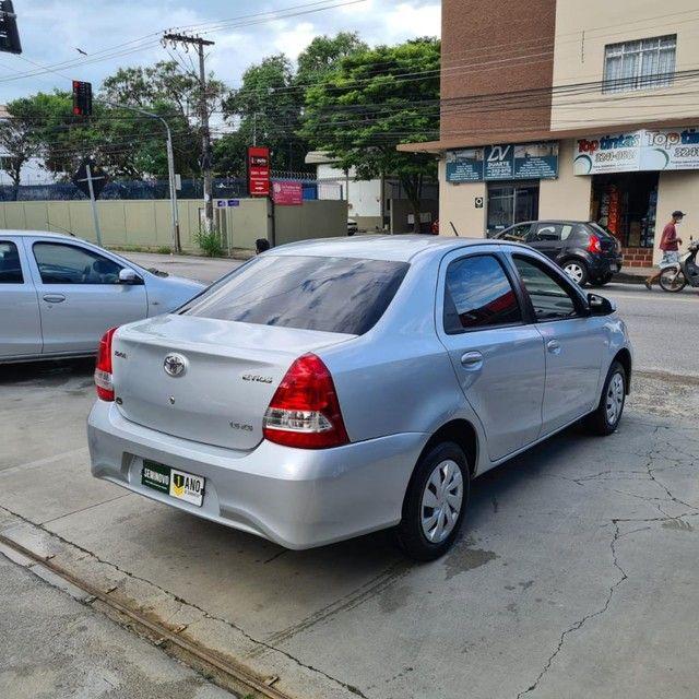 ETIOS XS Sedan 1.5 Flex 16V 4p Aut. - Foto 5