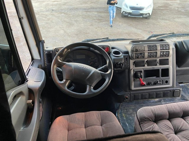 Iveco 360 autômatico 6X2 2014 - Foto 5