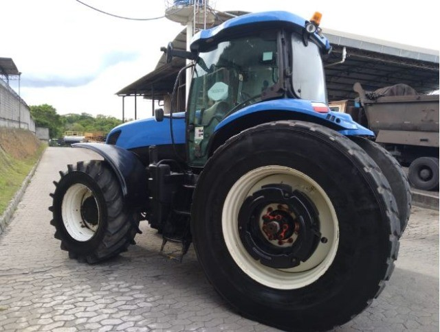 Trator New Holland T7240 - Foto 5