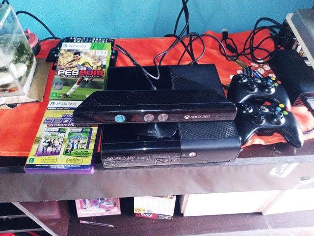 Xbox semi novo único dono