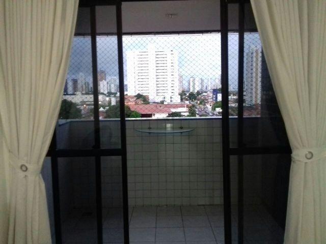 Apartamento em Tambauzinho. 3 quartos. 2 vagas de garagem. Preço imperdível