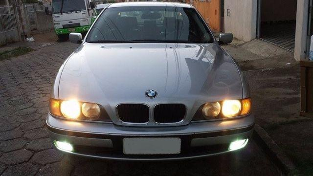 BMW Série 5/ Modelo 528i Automática/ Manual do Proprietário