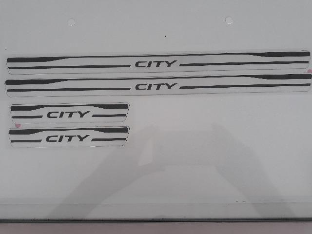 08F05T9L800-Soleira Honda City