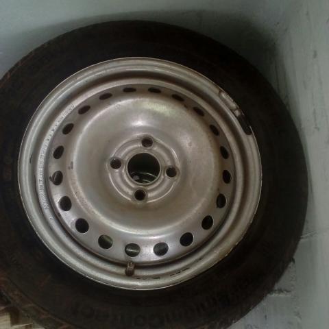 Vende-se roda aro 15
