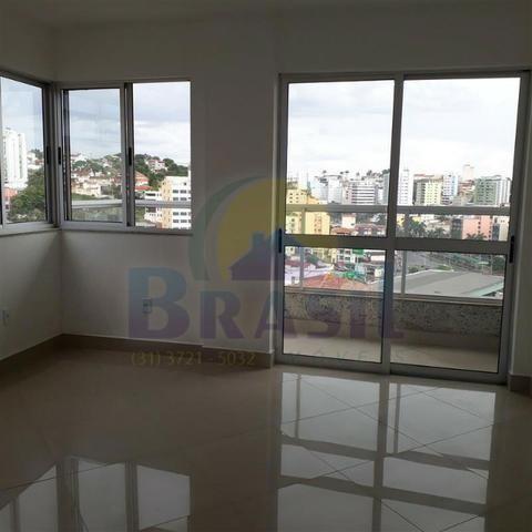 Apartamento de 3 quartos, no Bairro Campo Alegre - Foto 17