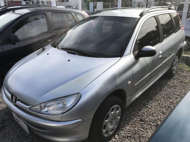 Peugeot sw 206 1.4 completo menos ar