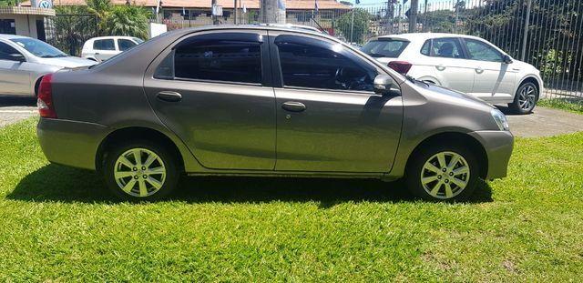 Toyota Etios Sedan XLS 1.5L (Flex) - Foto 5