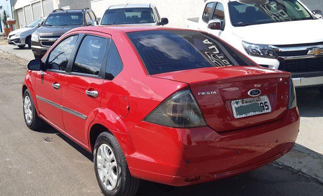 Ford Fiesta 1.6 Sedan Flex único dono pouco rodado  - Foto 4