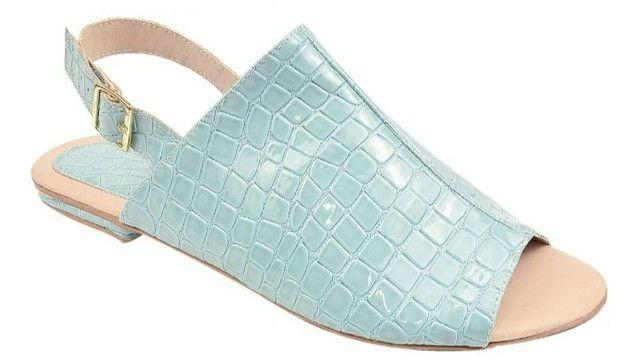 Sandálias femininas tamanhos especiais
