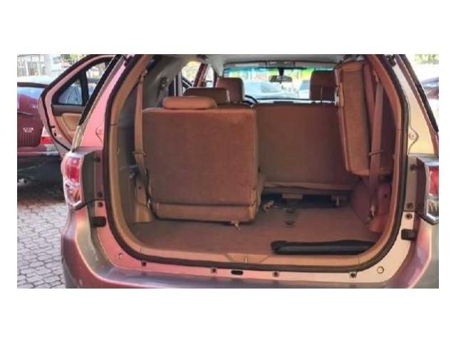 Toyota Hilux sw4 2.7 sr 7 lugares 4x2 16v flex 4p automático - Foto 3