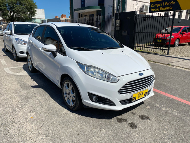 New Fiesta 1.6 SE 2015
