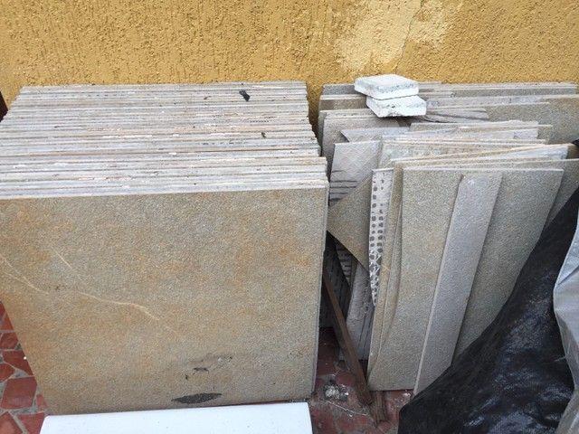 Porcelanato retificado de 60x60cm - 32 peças  - Foto 6