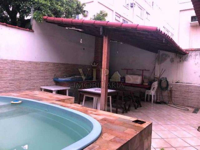 Ótima residência linear com piscina em terreno 9x30 (270m²). Aceita carta e Fgts! - Foto 5