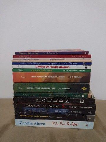 Livros - (Harry Potter, Fallen...)