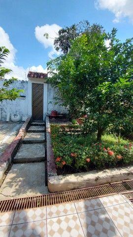 Ótima casa de 4 quartos no conjunto Parque Aruanã- muito bem localizada  24x30 - Foto 2