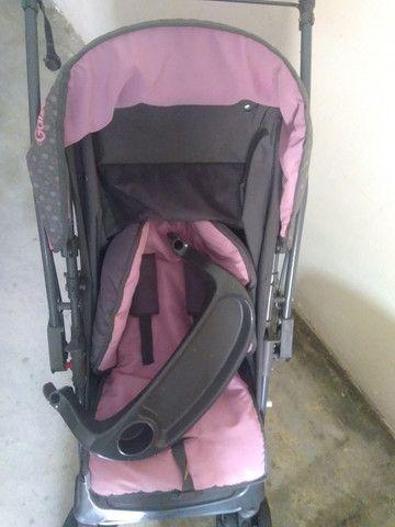 Vende-se carrinho de bebê (Menina) - Foto 3