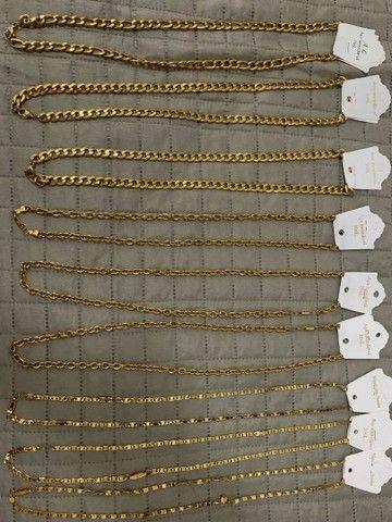 Cordões em aço banhado a ouro - Foto 2
