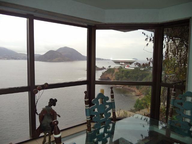 Boa Viagem, Frente Mar, Vide fotos. Avalio propostas justas, colado a Flexas e Icaraí