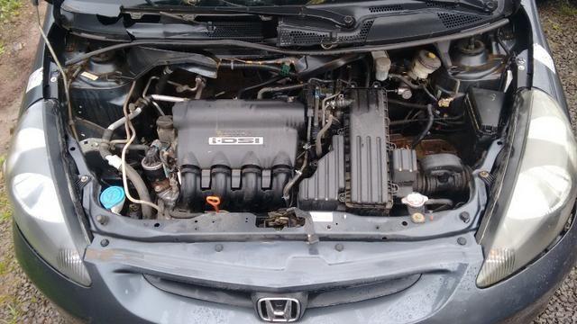 Honda Fit 1.4 manual gasolina 2005 - vendido em peças - Foto 6
