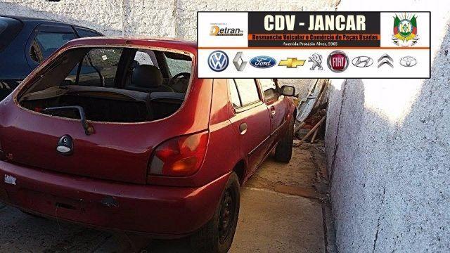 Retirada de peças Ford Fiesta 1999 * Sucata