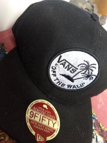 Boné VANS OFF THE WALL ORIGINAL - Bijouterias 2930a05b5ff