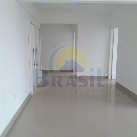 Apartamento de 3 quartos, no Bairro Campo Alegre - Foto 8