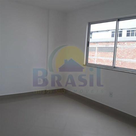 Apartamento de 3 quartos, no Bairro Campo Alegre - Foto 11