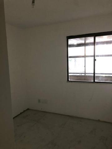 Apartamento na Beira Mar de Piedade com 4 Quartos sendo 1 Suíte - Foto 17