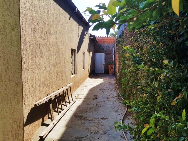 Ótima casa, toda na laje, 03 quartos! Lote de 500m² na Colônia Agrícola Samambaia - Foto 17