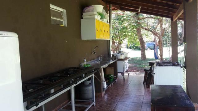 Chácara dentro da cidade,beira do Rio Cuiabá,casa grande,quiosque, deck p pesca,tanque. - Foto 13