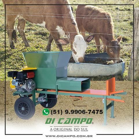 Máquina Compactadora Ensacadora de Silagem Di Campo