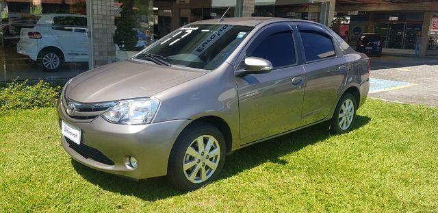 Toyota Etios Sedan XLS 1.5L (Flex)