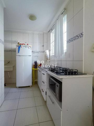 Apto 2 Dormitórios, Sacada, Churrasqueira, Garagem - Rua Appel, Santa Maria - Foto 4