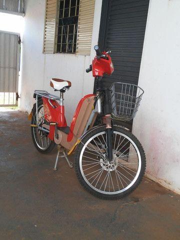 Bicicleta eletrica em Tres Lagoas 2.400.baterias novas com notas - Foto 2