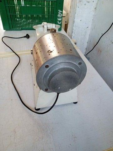 Máquina de ralar queijos e batatinha - Foto 4
