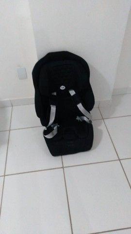 Cadeira de Automóvel para Bebê - Tutti Baby Nina - Preta - 9 a 36 kg - 1 mês de uso apenas