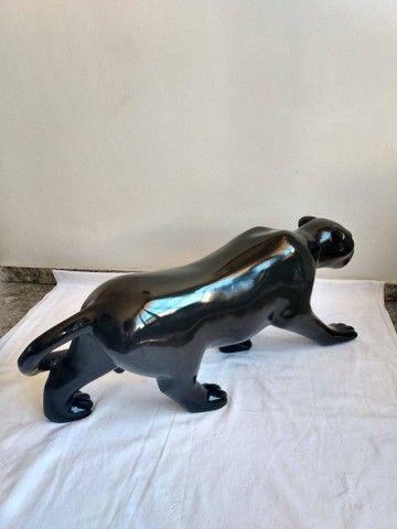 Escultura de PANTERA NEGRA em fibra de vidro e resina - Foto 4