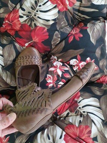 Sapato rasteiro de amarrar couro legítimo  - Foto 2