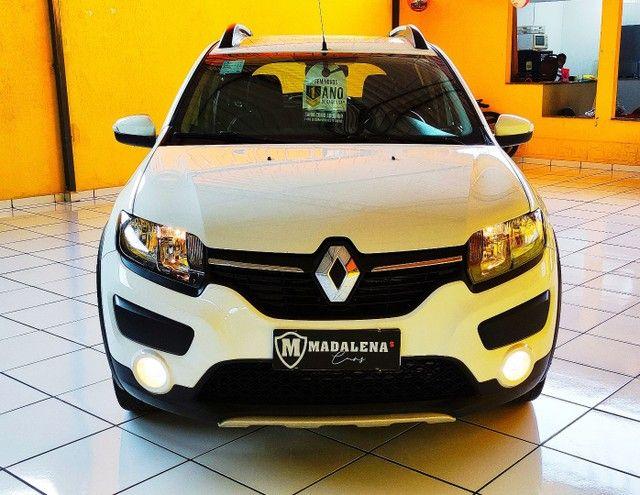 Impecável Renault Sandero Stepway com vc KM - Foto 17