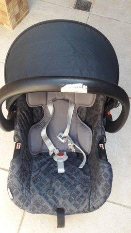 Carrinho de bebê e bebê conforto  - Foto 3